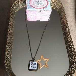 Arise and shine Plunder necklace